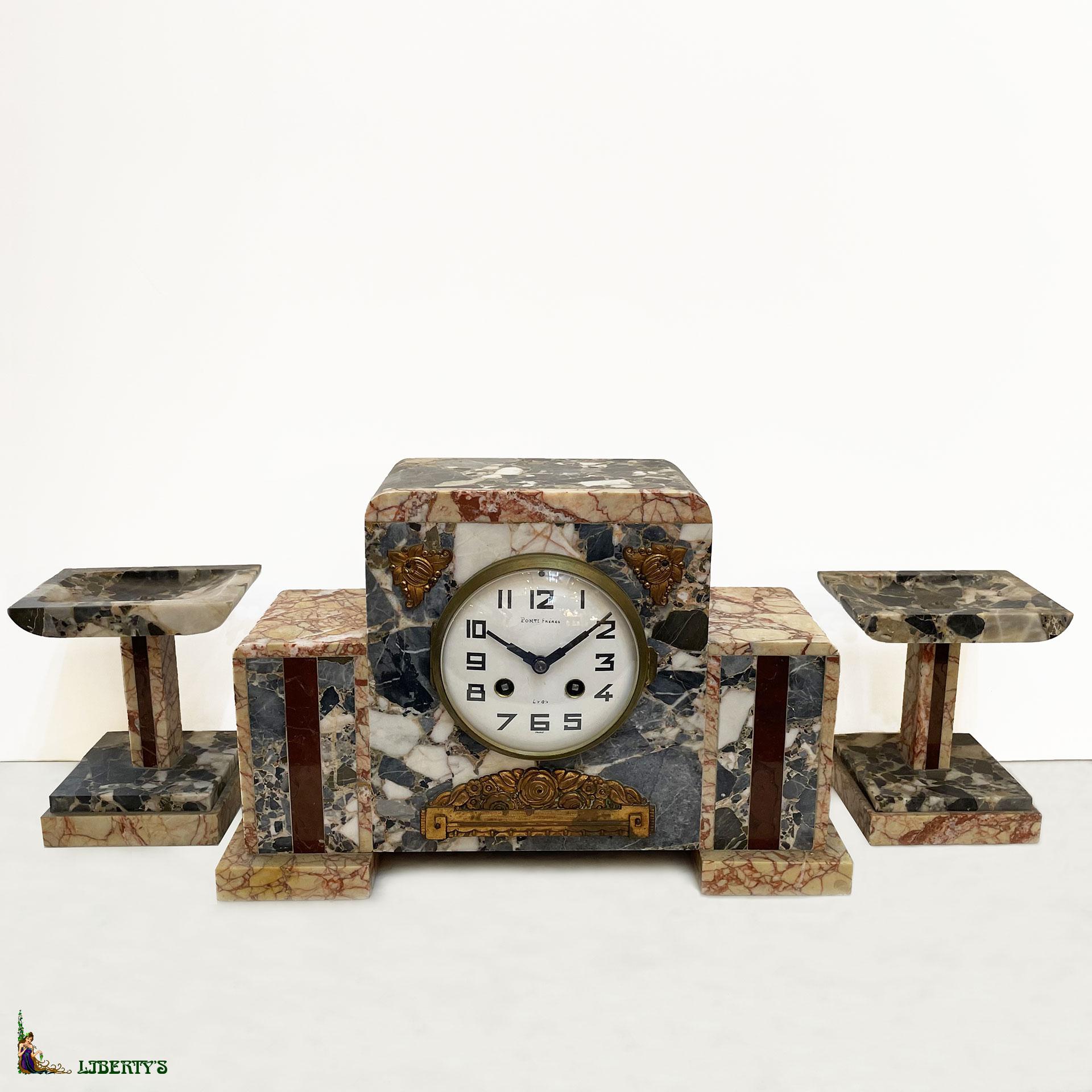liberty 39 s antiques art deco clocks horloges art deco. Black Bedroom Furniture Sets. Home Design Ideas