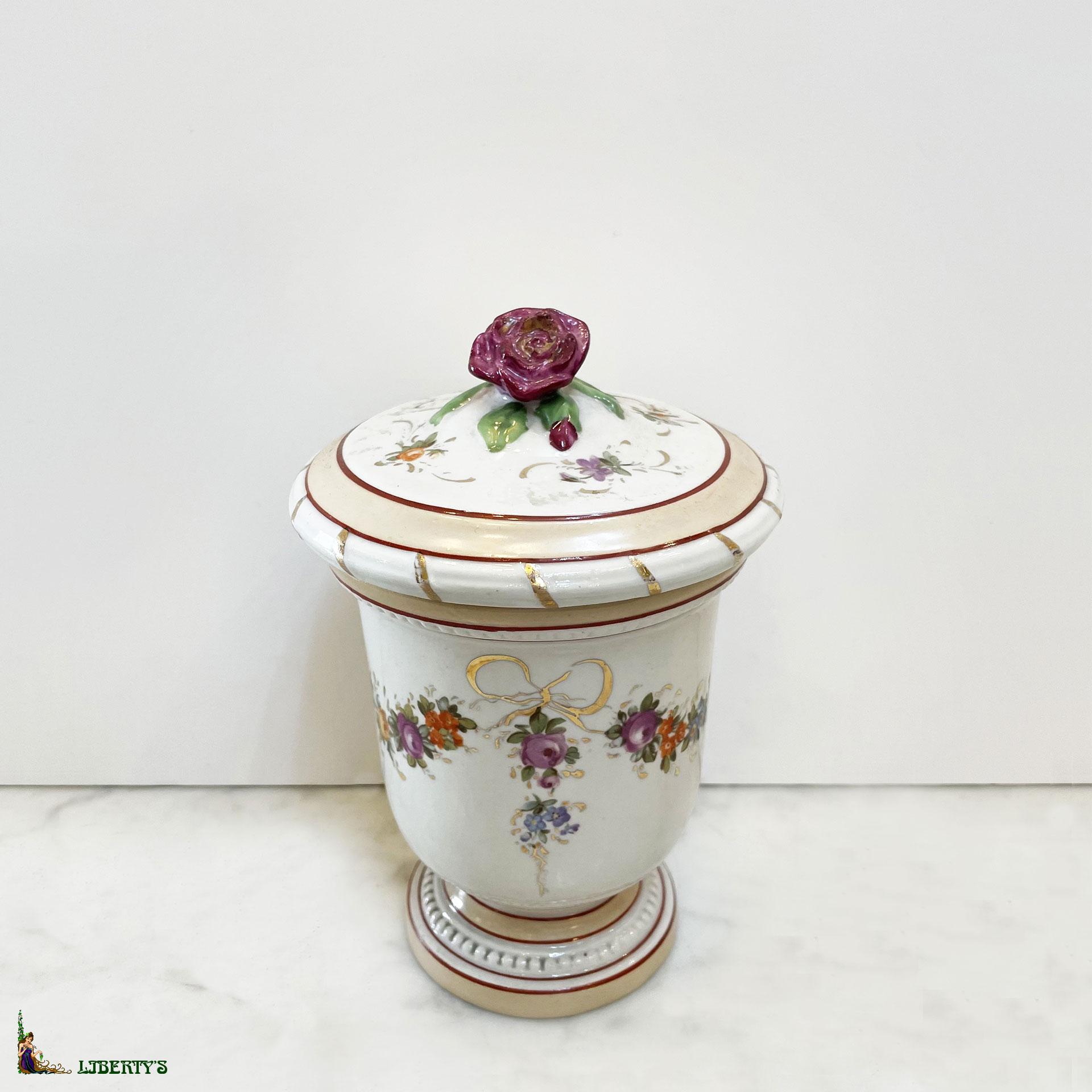 liberty 39 s antiques porcelain porcelaine et biscuit items for sale objets en vente. Black Bedroom Furniture Sets. Home Design Ideas